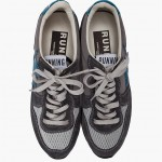 golden-goose-marked-running-sneakers-gray-2