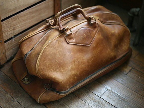 Distressed Leather Duffle Bag Arrive In Style Soletopia