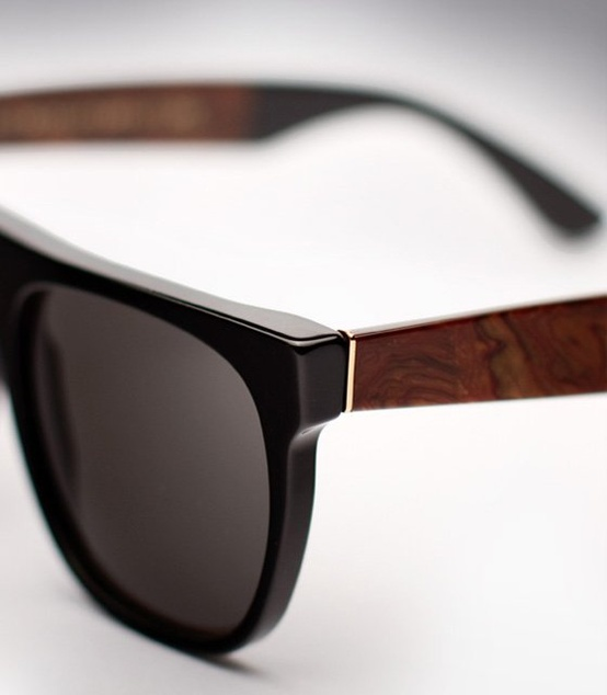 Glasses Frame Handle : Chic Wayfarers, wood print on Temple Frame SOLETOPIA