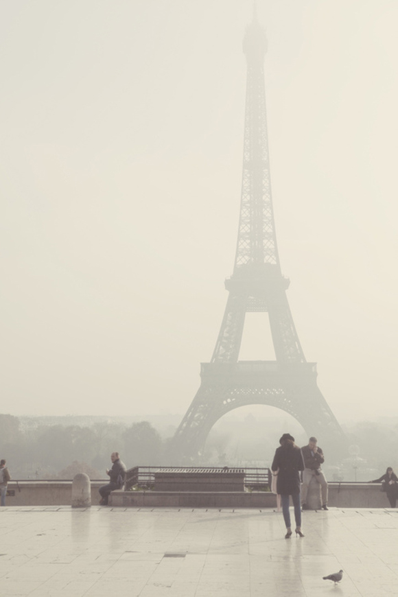 Eiffel Tower Picture, Paris France Fog/Mist