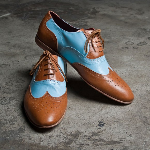 Joker's Wingtip Shoes - two-toned and too cool in tan/blue