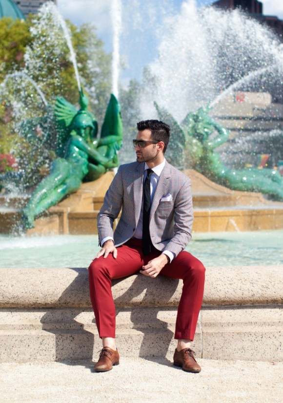 Narrow lapel one button blazer in Houndstooth plaid, framed pocket square & red chino
