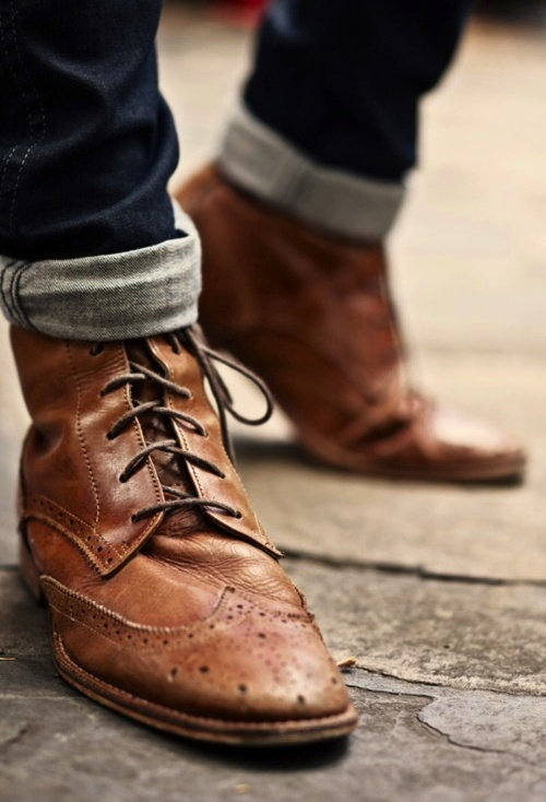 rugget wingtip boots cuffed denim jeans