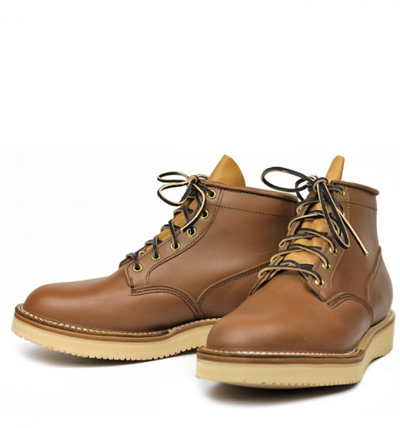 viberg-scout-boot-made-in-canada-vintage-tan-smooth-leather-vibram-sole