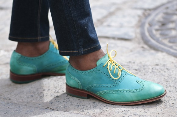 cole-haan-air-colton-neon-yellow-laces