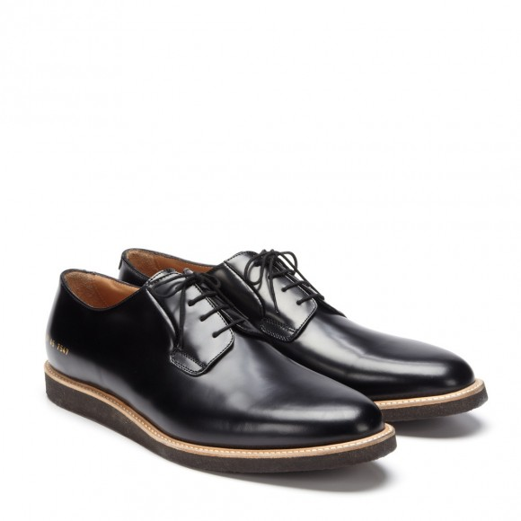 common-projects-dirty-derby-in-lush-patent-black
