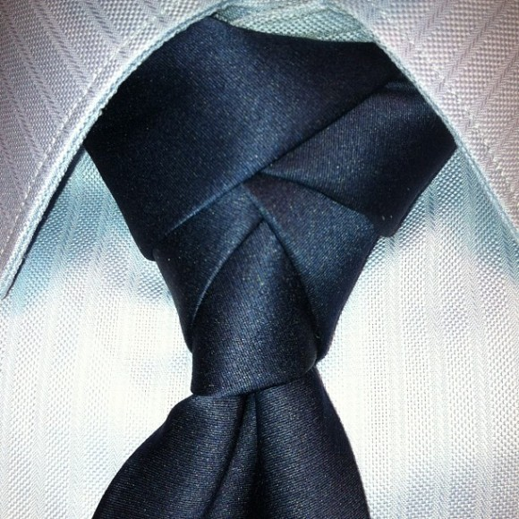 How to Tie a Tie in the most complex way possible