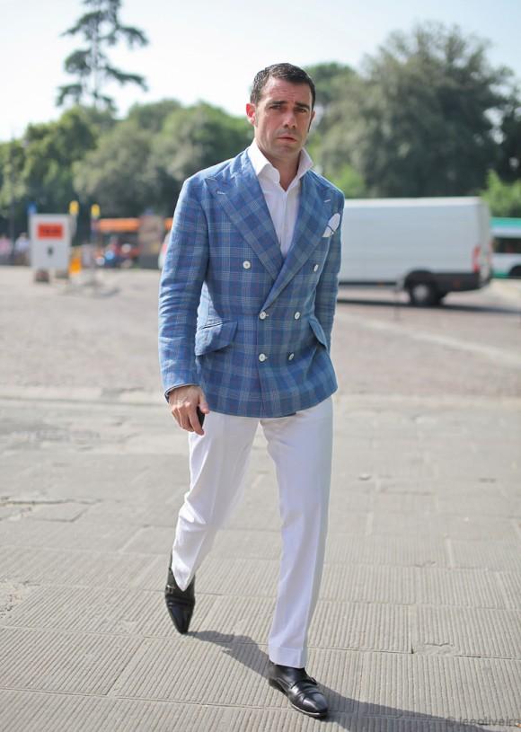 Amazing blue plaid jacket, white slacks & black shoes | SOLETOPIA