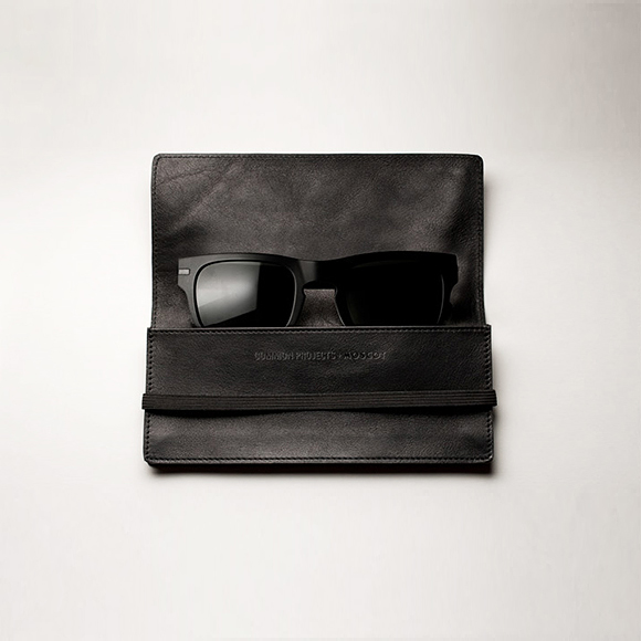 Common Projects x MOSCOT Wayfarer sunglasses all black stomp the style