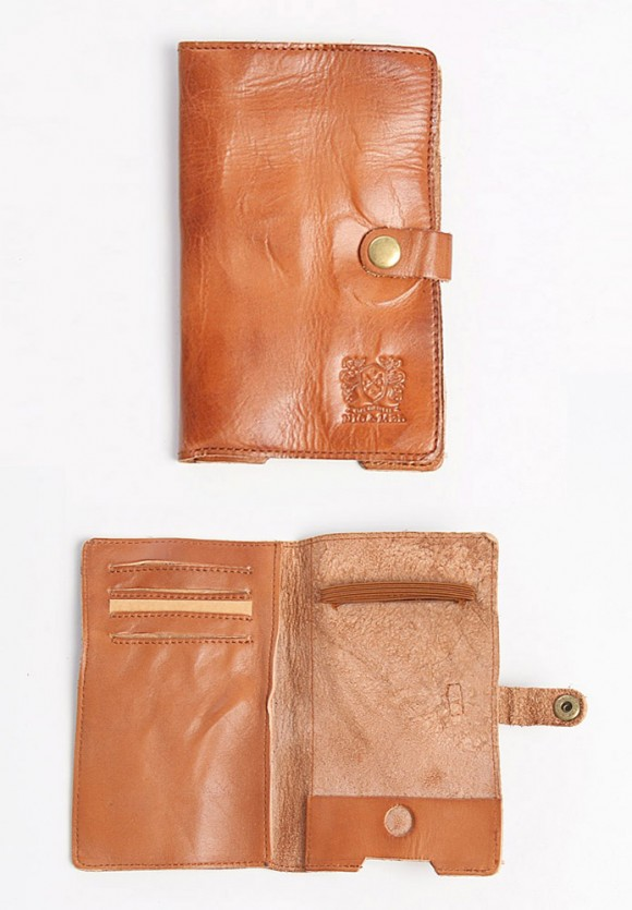 Nic & Mel iPhone tan leather wallet