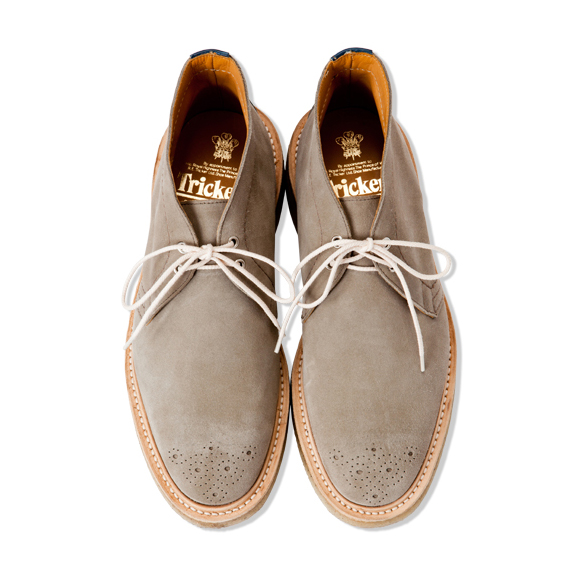CASH CA x Tricker's Grey Suede Chukka Boot Contrast Laces Medallion Toecap