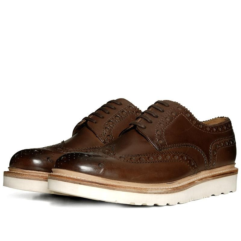Grenson Archie V Brogue Shoes in Burnt Pine (Derby)