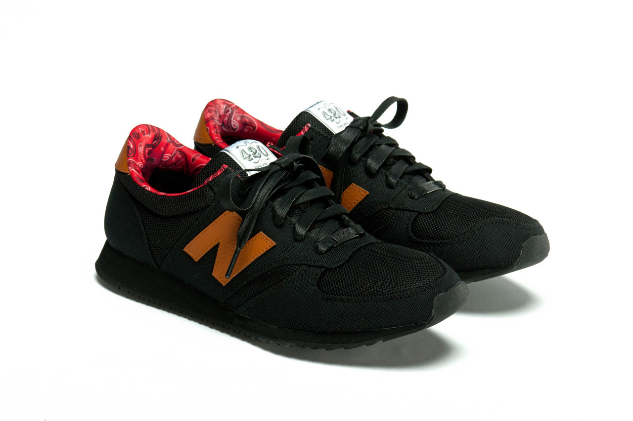 black new balance running shoes