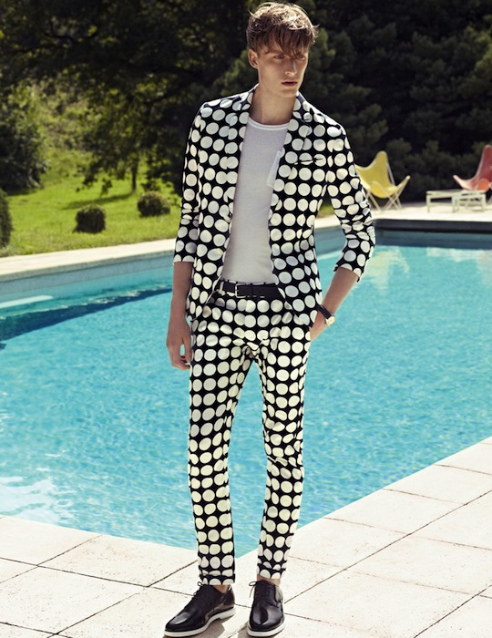 Large Dotted Pattern Suit with Black Patent Leather Shoes