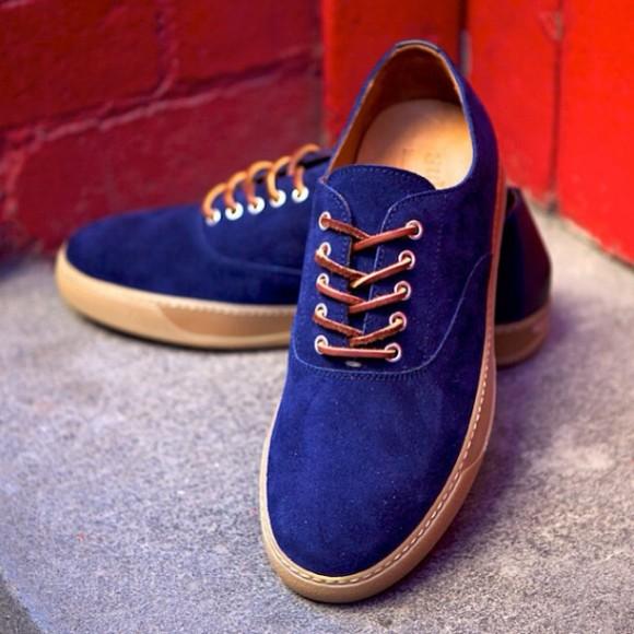 Hermosa Navy Suede & Gum Sole sneaker