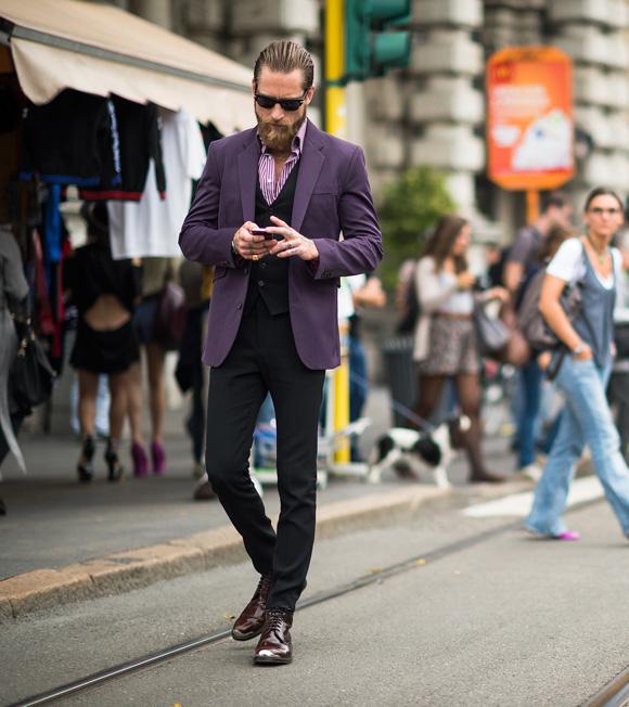 Justin O'Shea purple suit jacket & shiny shoes