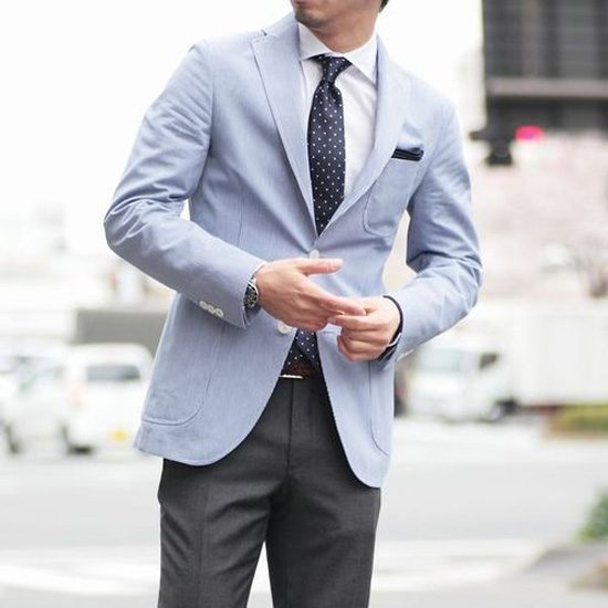 Light Blue Sport Coat &amp polka dot tie | SOLETOPIA