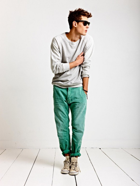 Out of Bed Style dark mint green cuffed chino men style