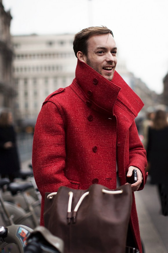 Oversize Lapel Popped red coat brown bag