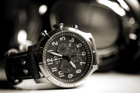 Uniq Watch P-47 Chronograph