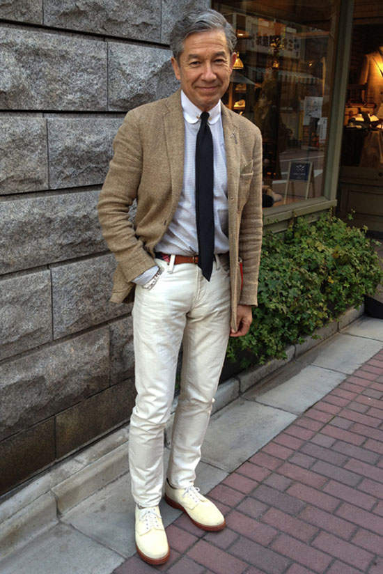 White on White Jeans Shoes combo + dark tie & earth blazer