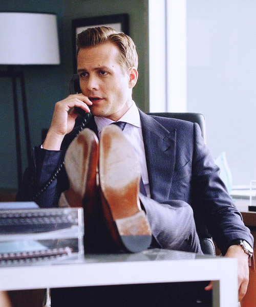 Harvey Specter Feet on Table at Work A Common Man Dvd