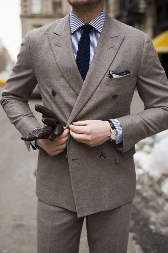 How to properly button up a double breasted suit jacket