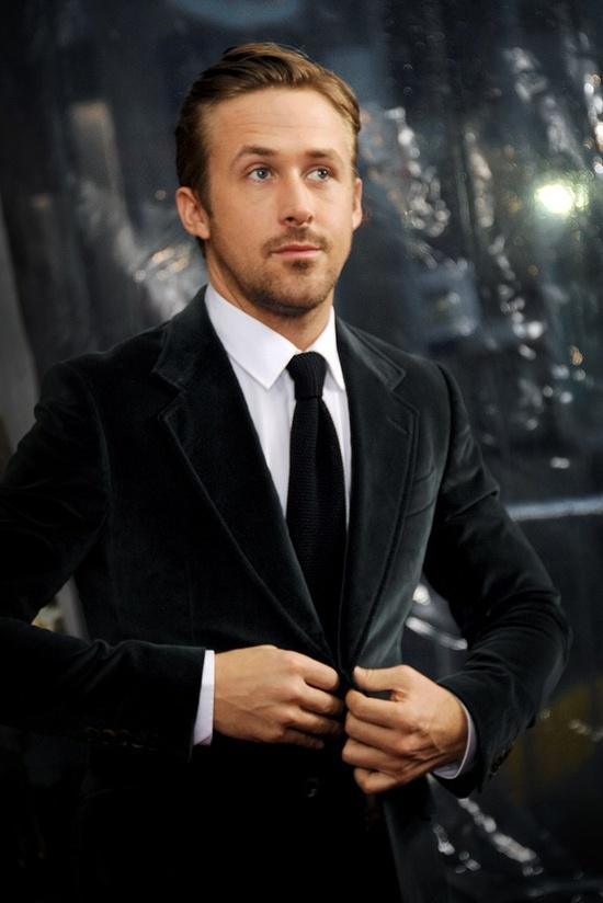 Ryan Gosling velvet suit black