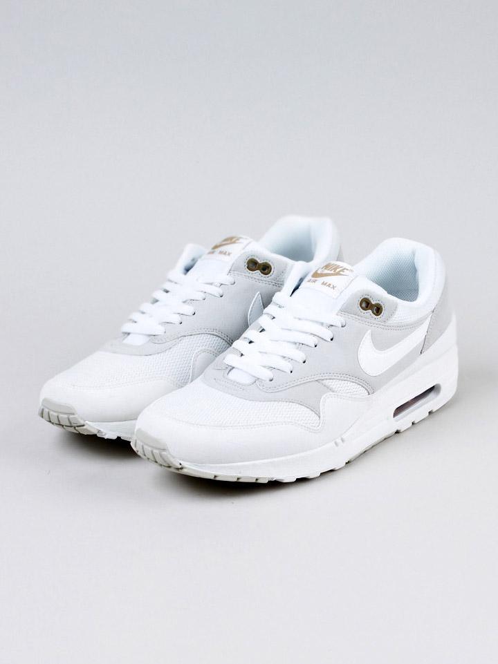 Soletopia Dapper Report nike air max 1 og white sneakers
