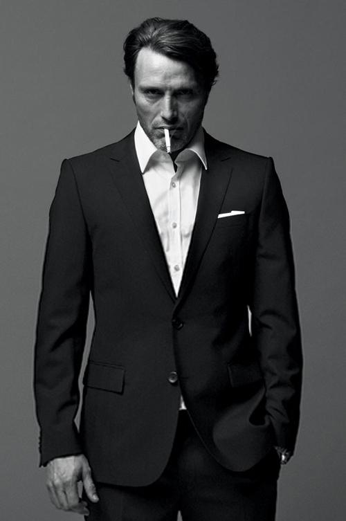 Mads Mikkelsen Hannibal Suit Game