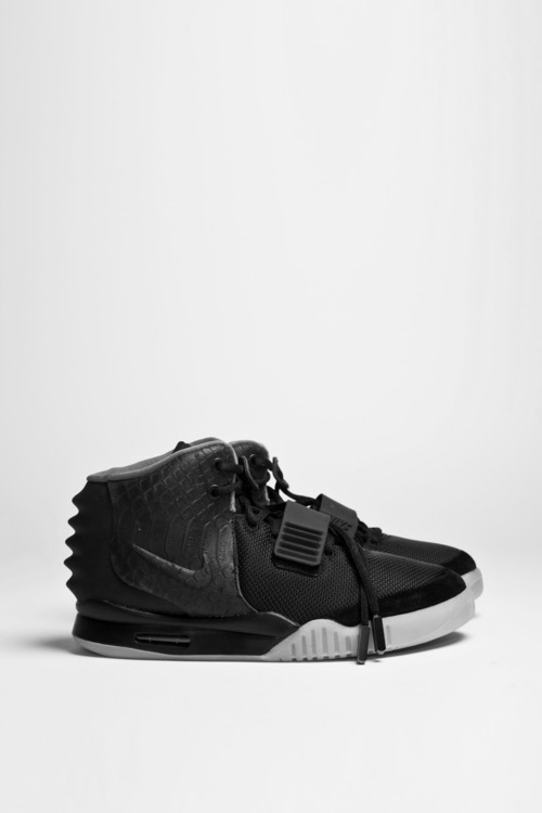 Ripple Heel Counter Weird Nike Sneakers Air Yeezy 2