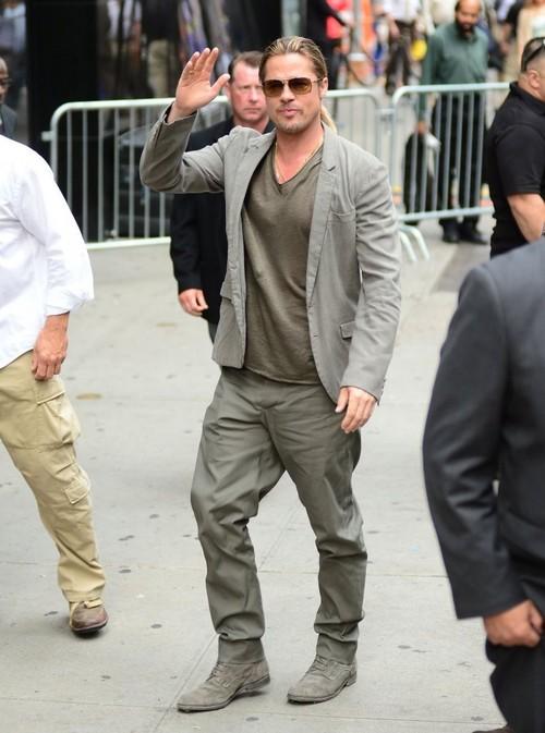Brad Pitt Baggy Pants | SOLETOPIA