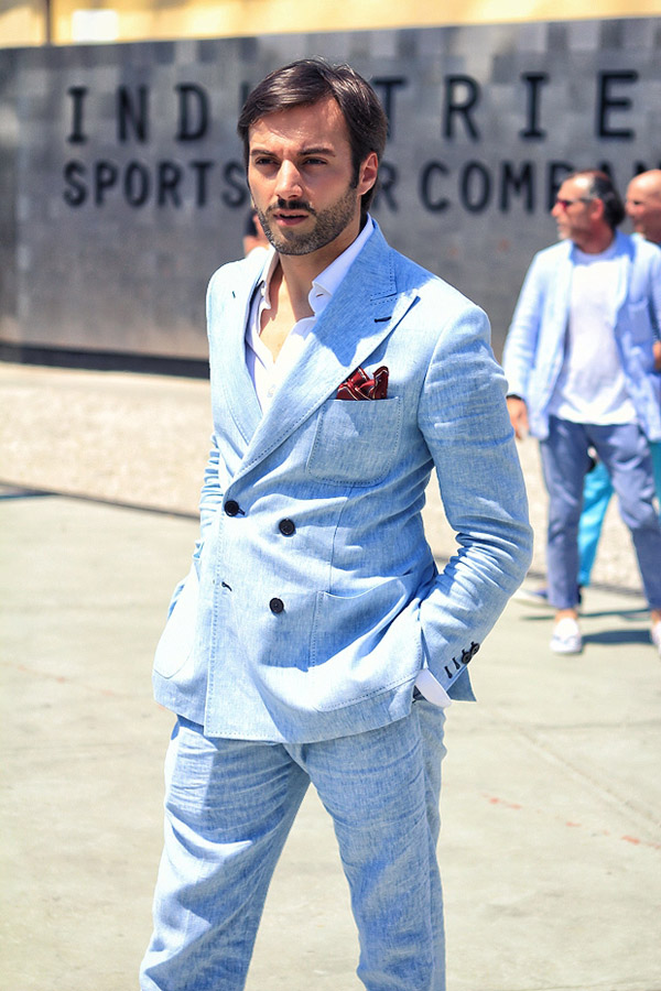 Linen Blue Suit Peak Lapel pocket square 2