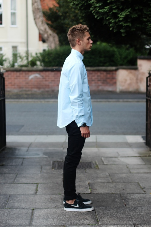 Skinny jeans with dress shirt