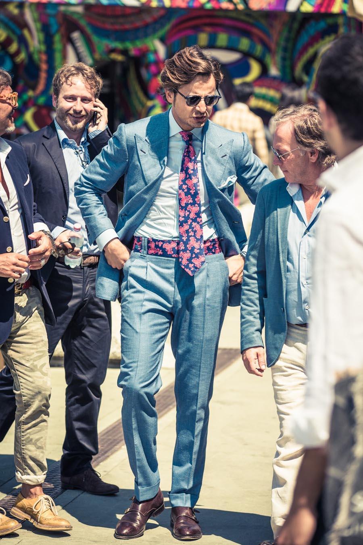 Matching Belt With Tie peak lapel lb suit