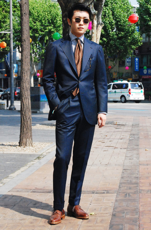 Blue Suit Brown Shoes Tie