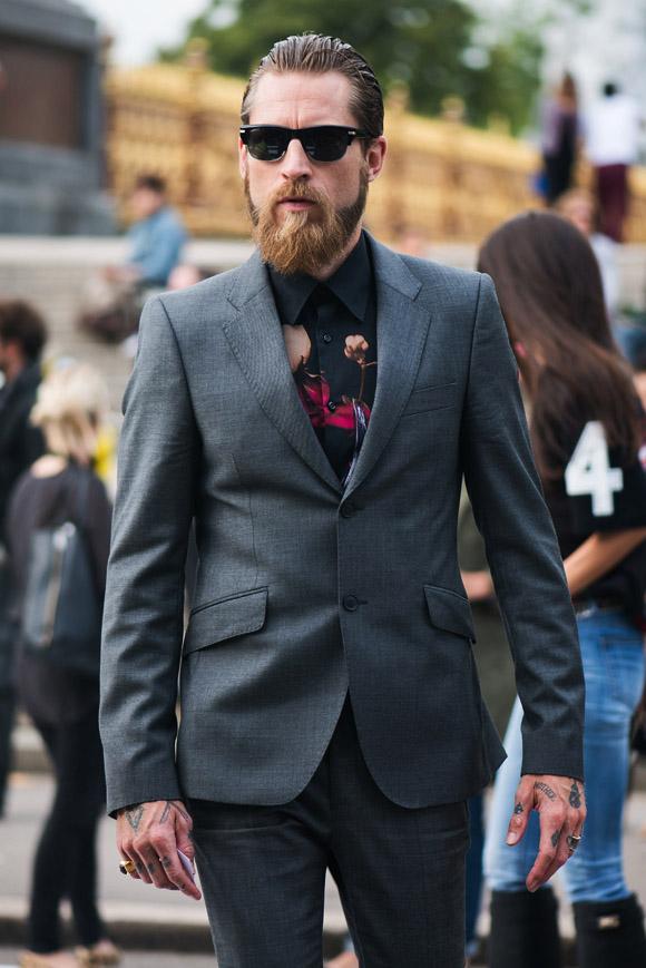 Floral Black Shirt x Grey Suit | SOLETOPIA