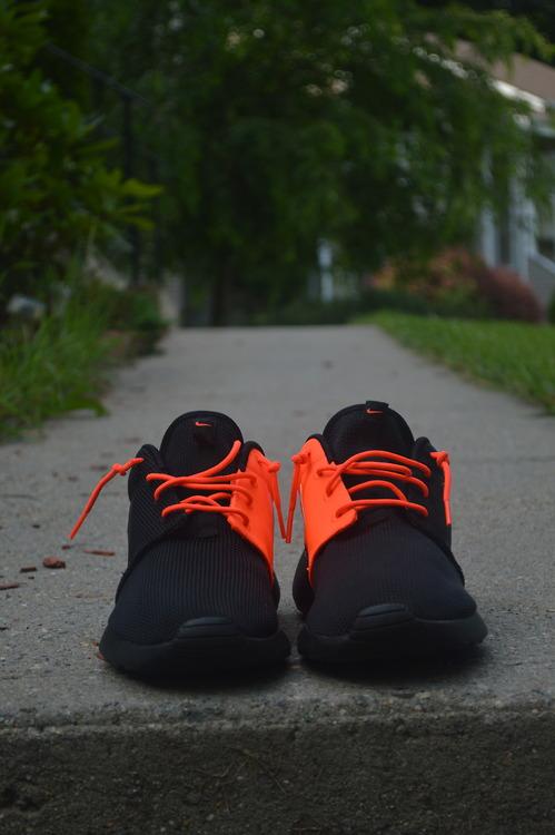 mens orange nike shoes