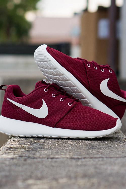 Nike Roshe Run Team Red OG