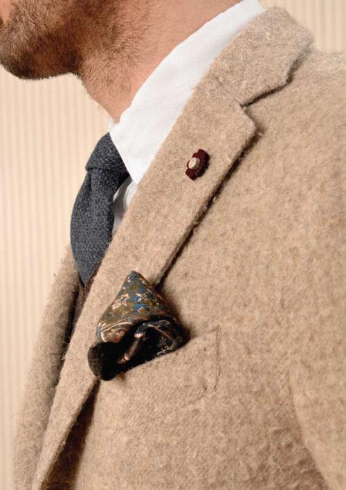 Fuzzy Beige Jacket magenta pocket square grey blue tie