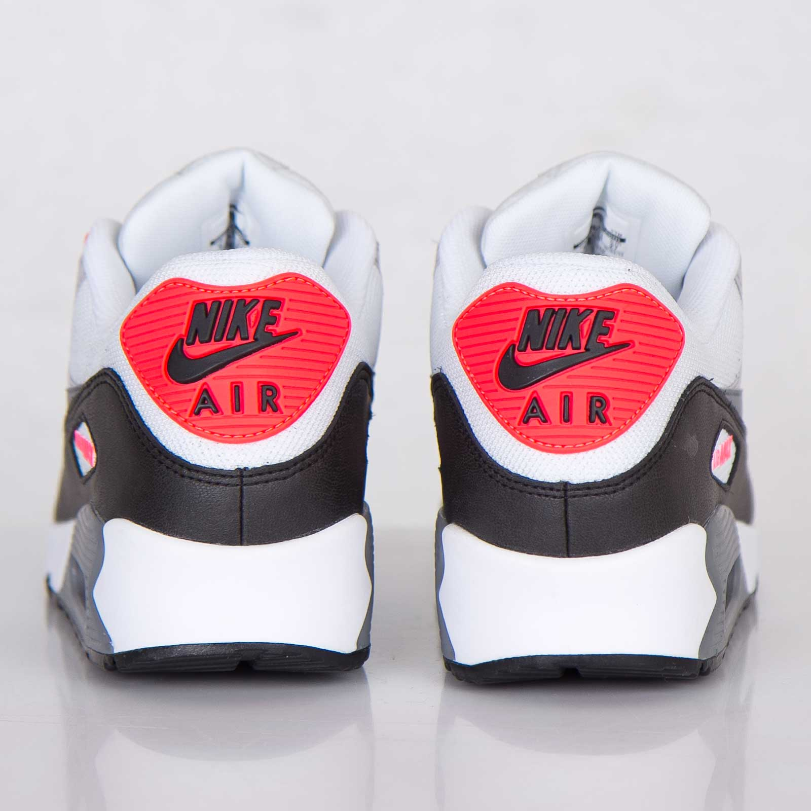 ... Nike Air Max 90 Essential white grey black red 2 ...