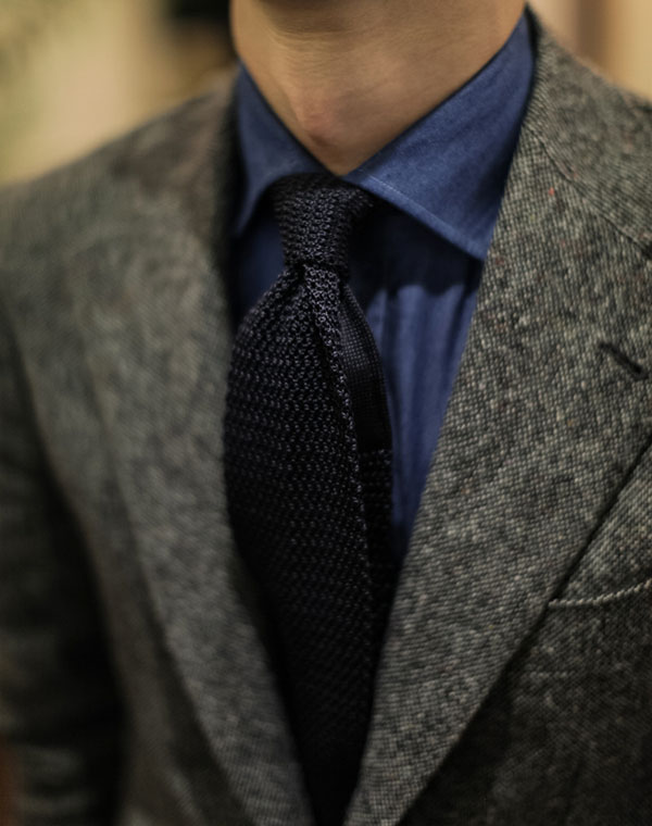 Black knit tie and blue shirt with grey jacket #menswear