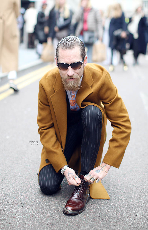 Justin O'Shea Pinstripe Pants streetstyle
