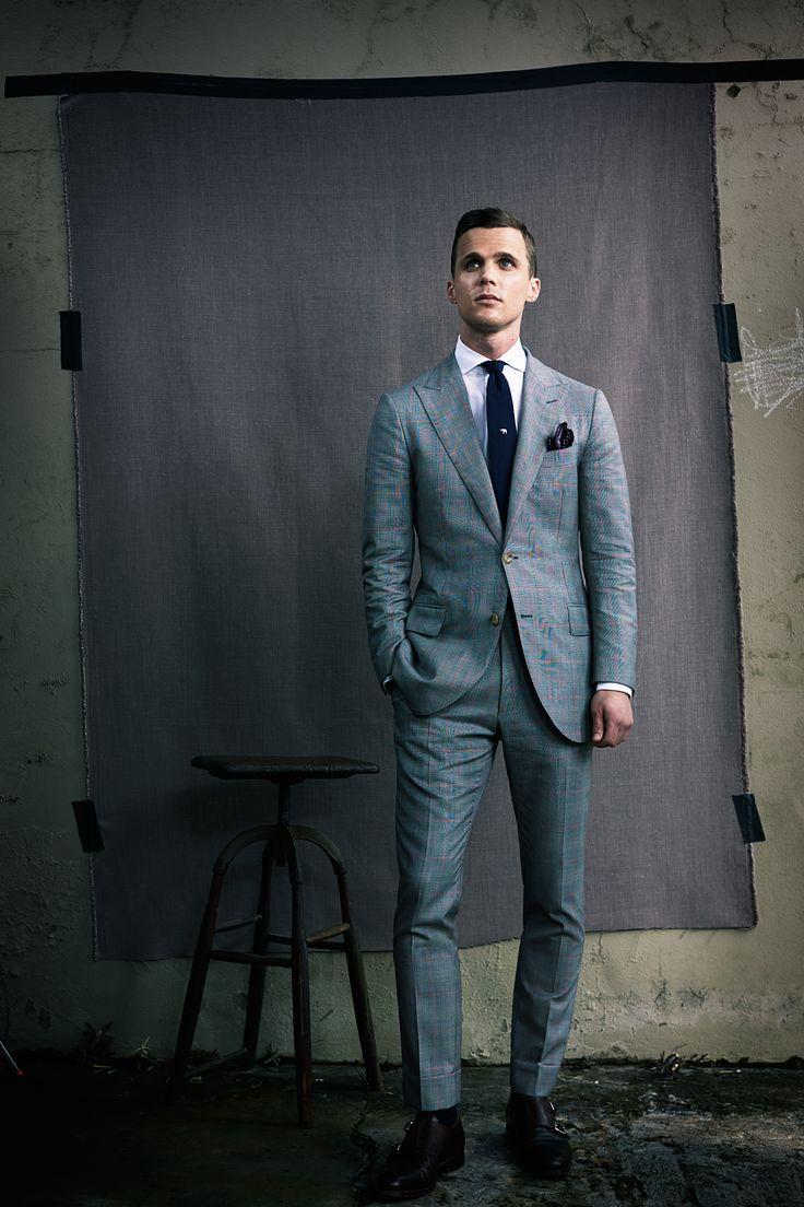 Dapper Report vol.10 42 grey suit man
