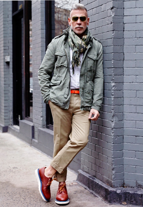 Nick Wooster × IL CORSO scarf wall lean streetstyle
