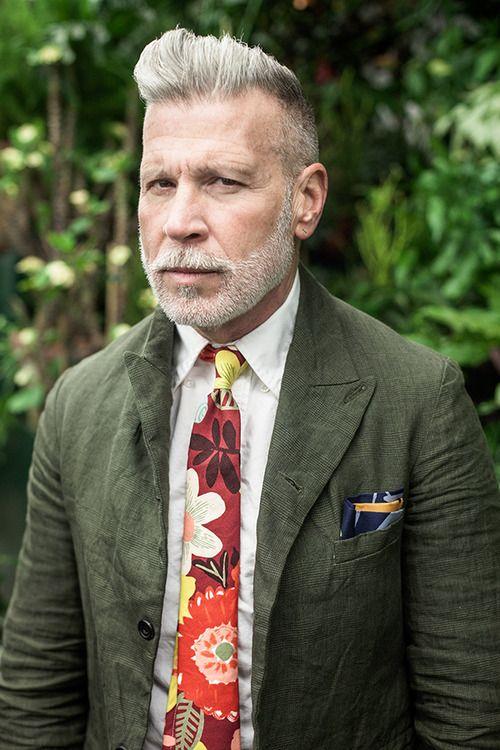 Nick Wooster Green Jacket × Crazy Floral Tie