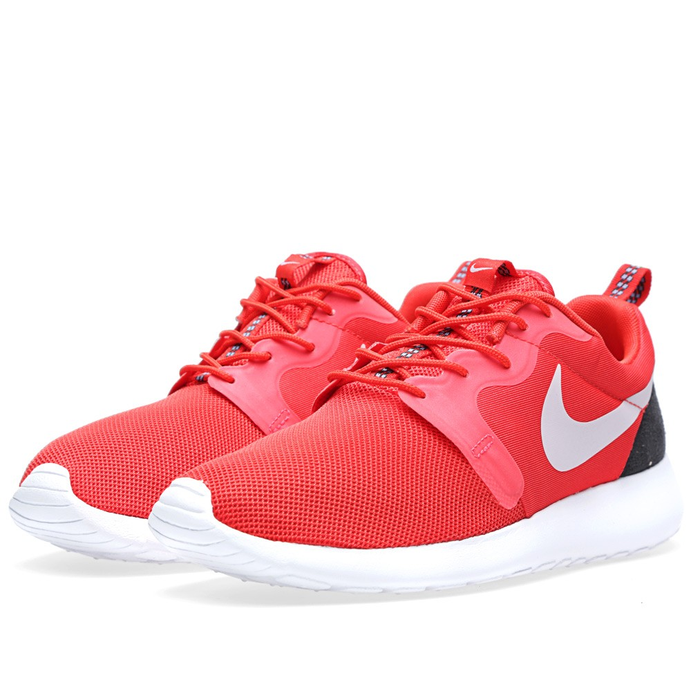 Nike Roshe Run Hyperfuse Crimson/Platinum