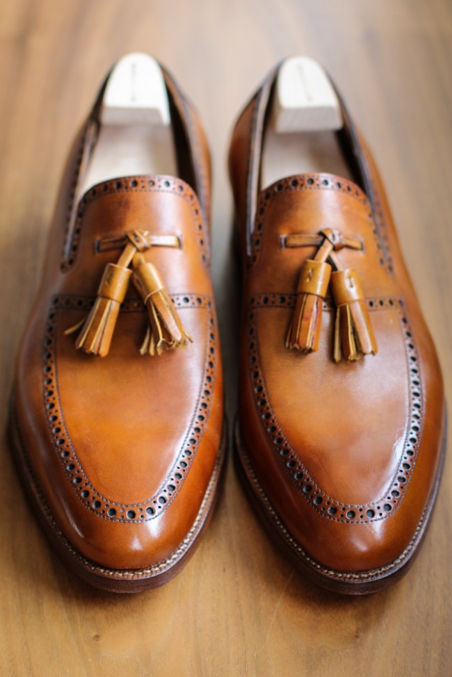 St. Crispin caramel perforated loafers with tassels