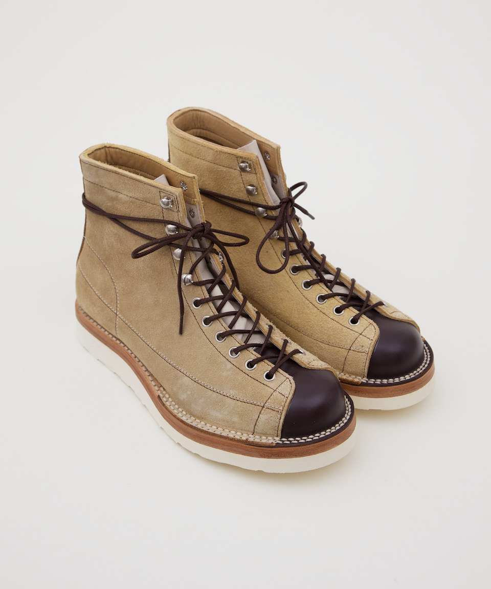 Contrast Sole Monkey Boot