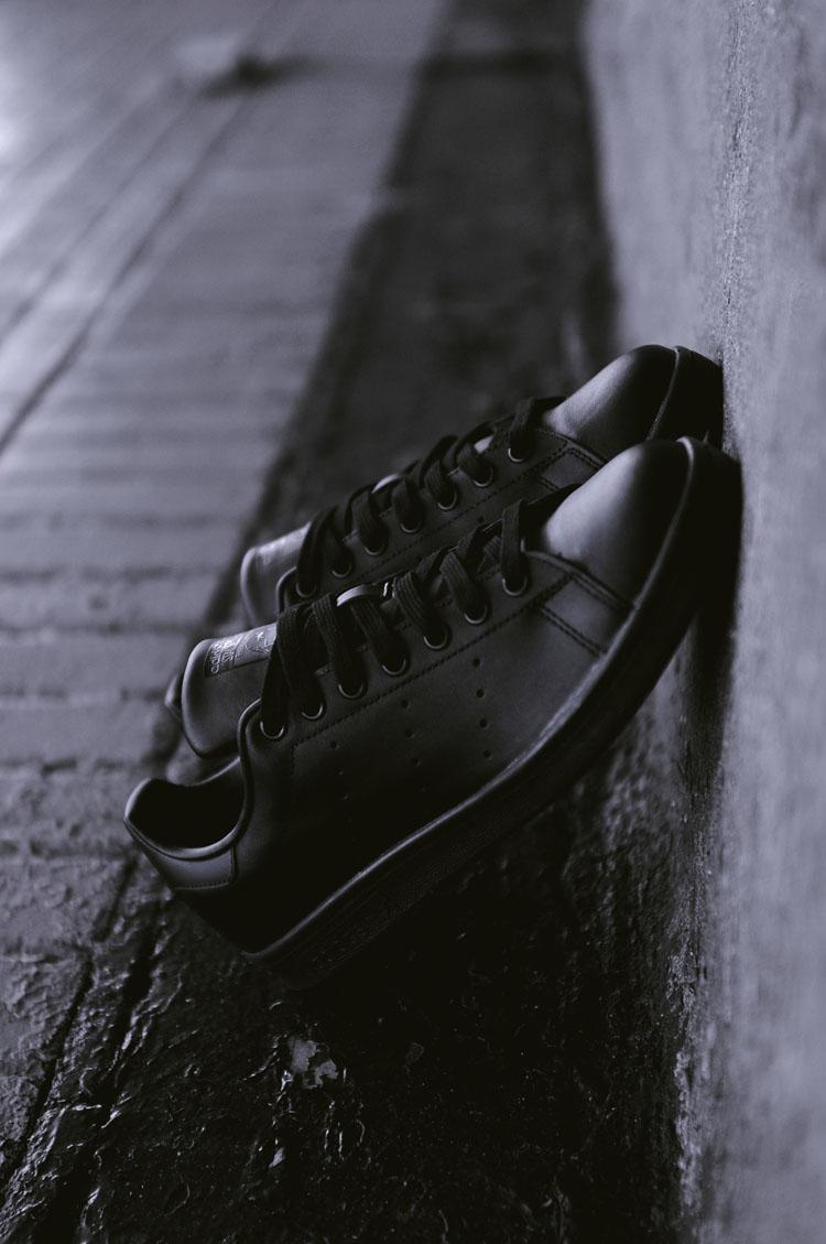 adidas Originals All Black Stan Smith